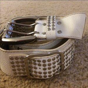 Accessories - White belt